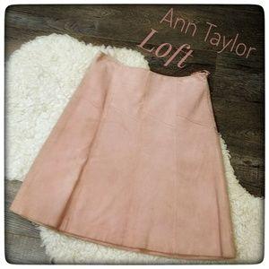 ANN TAYLOR LOFT Petites Blush Pink Suede Skirt